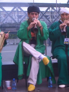 Bachir & THE MASTER OF JAJOUKA in London at MELT FES 2009 (photo by John Kruth)