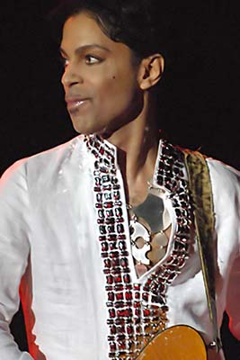 Prince performing at Coachella 2008